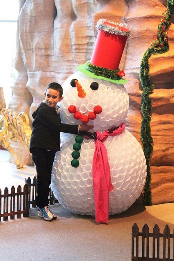 DIY Bonhomme de neige en gobelets