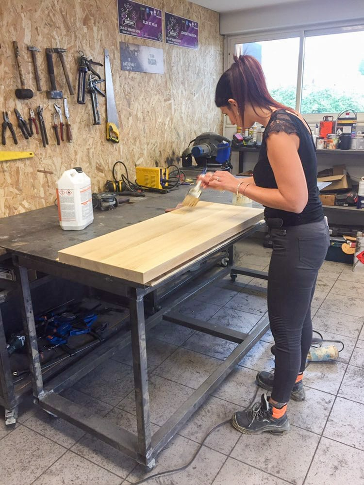 Table de machine à coudre - préparation plateau