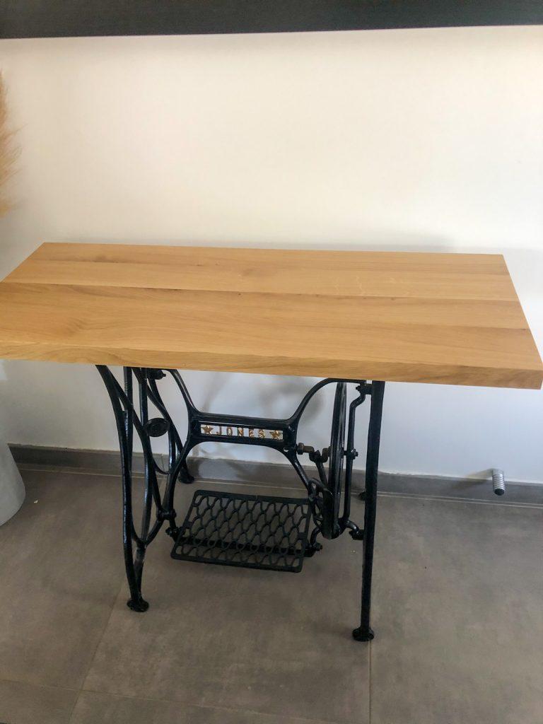 Table de machine à coudre - Console design