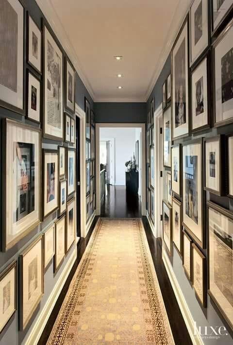 Decorer-un-couloir-avec-des-photos