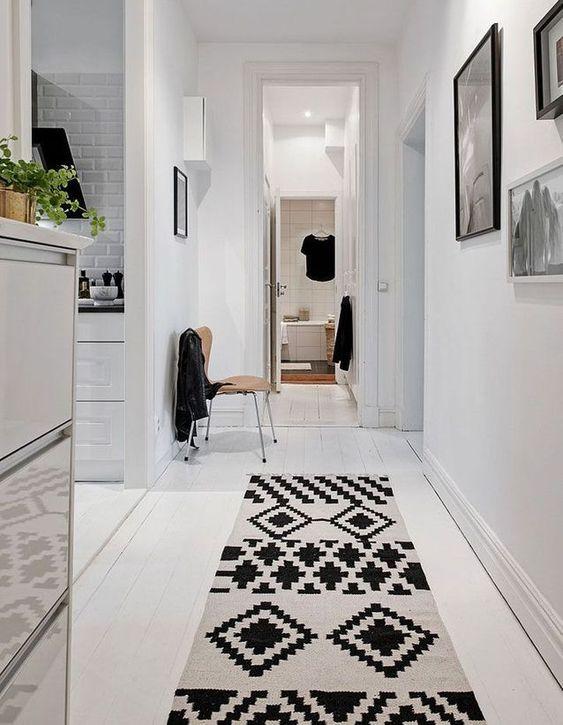 Comment-decorer-un-couloir-avec-un-tapis-2