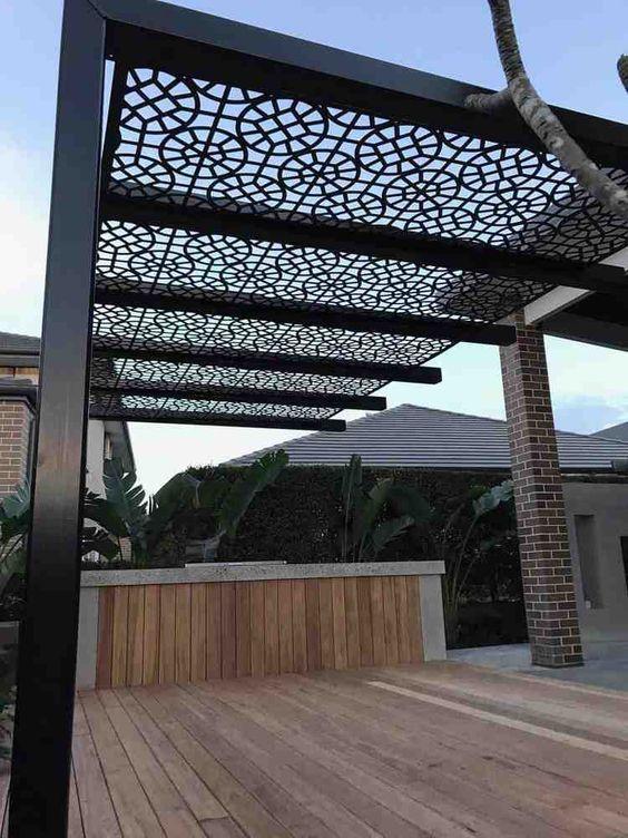 Ombrager sa terrasse - panneaux bois