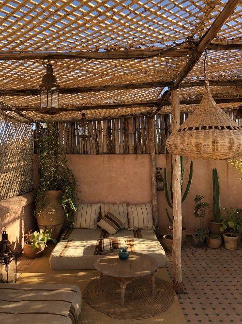 Ombrager sa terrasse - panneau bois